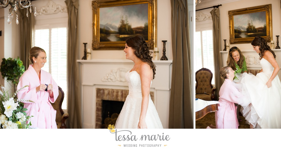 founders_hall_wedding_pictures_heather_brian_tessa_marie_Weddings_Candid_emotional_beautiful_light_wedding_pictures_0012