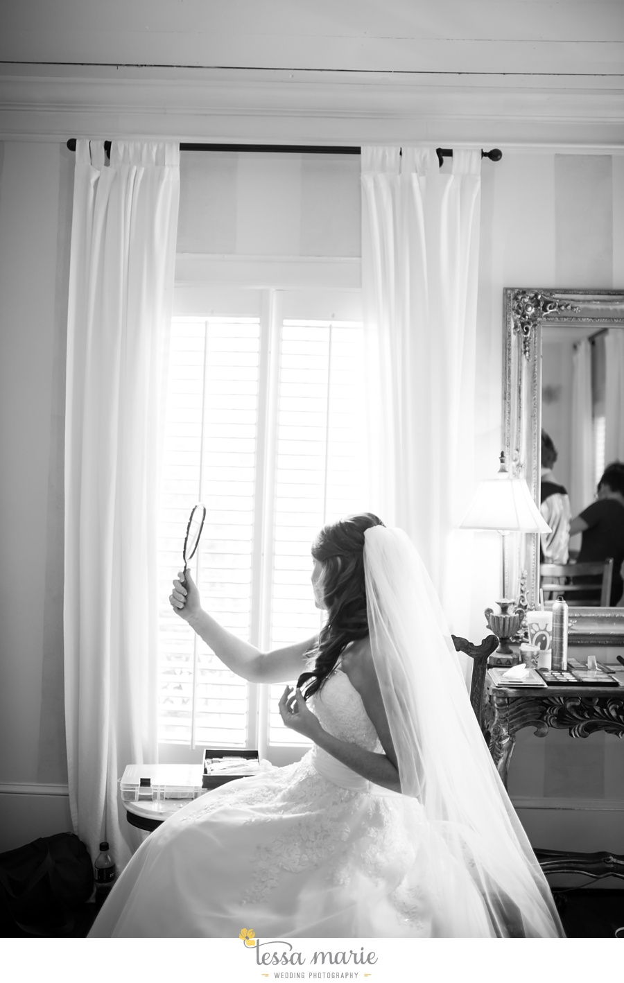 founders_hall_wedding_pictures_heather_brian_tessa_marie_Weddings_Candid_emotional_beautiful_light_wedding_pictures_0027