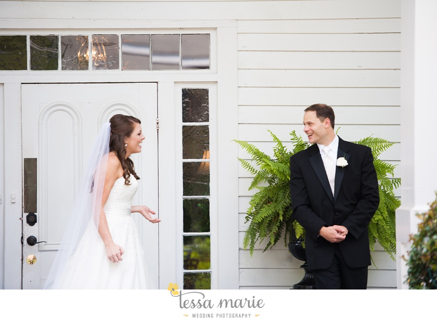 founders_hall_wedding_pictures_heather_brian_tessa_marie_Weddings_Candid_emotional_beautiful_light_wedding_pictures_0033