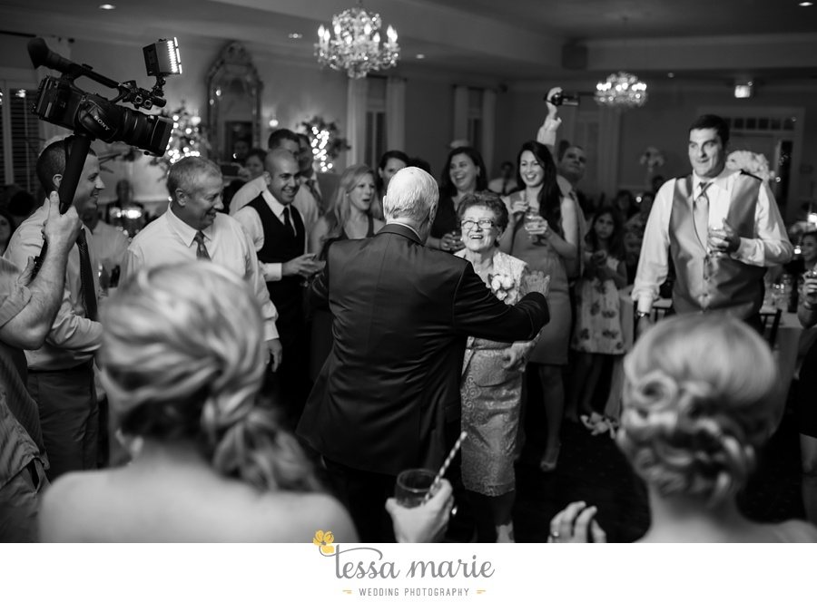 founders_hall_wedding_pictures_heather_brian_tessa_marie_Weddings_Candid_emotional_beautiful_light_wedding_pictures_0124