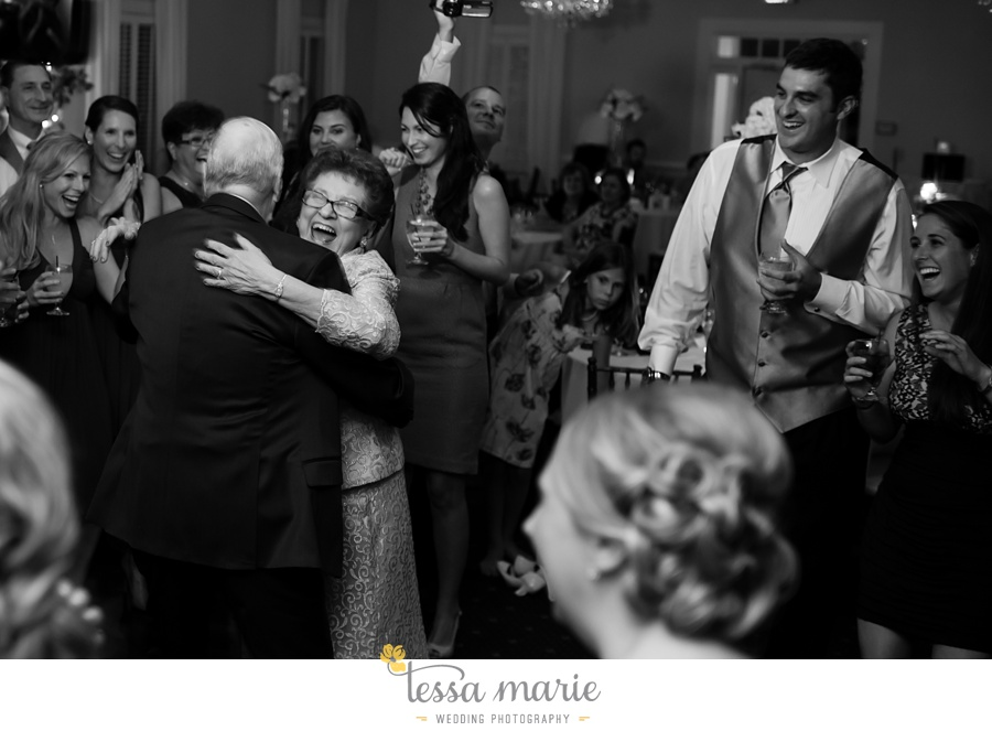 founders_hall_wedding_pictures_heather_brian_tessa_marie_Weddings_Candid_emotional_beautiful_light_wedding_pictures_0125