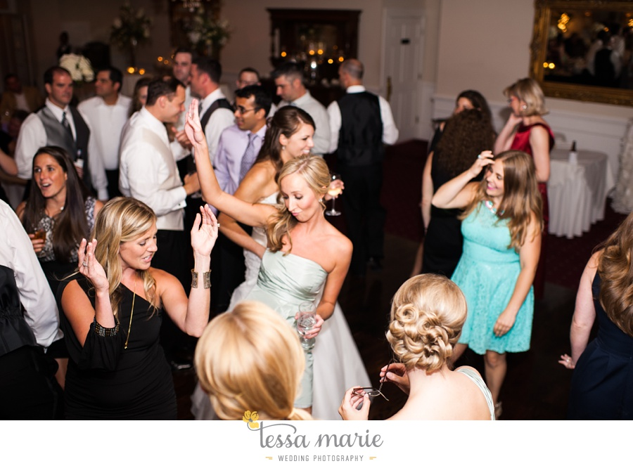 founders_hall_wedding_pictures_heather_brian_tessa_marie_Weddings_Candid_emotional_beautiful_light_wedding_pictures_0126