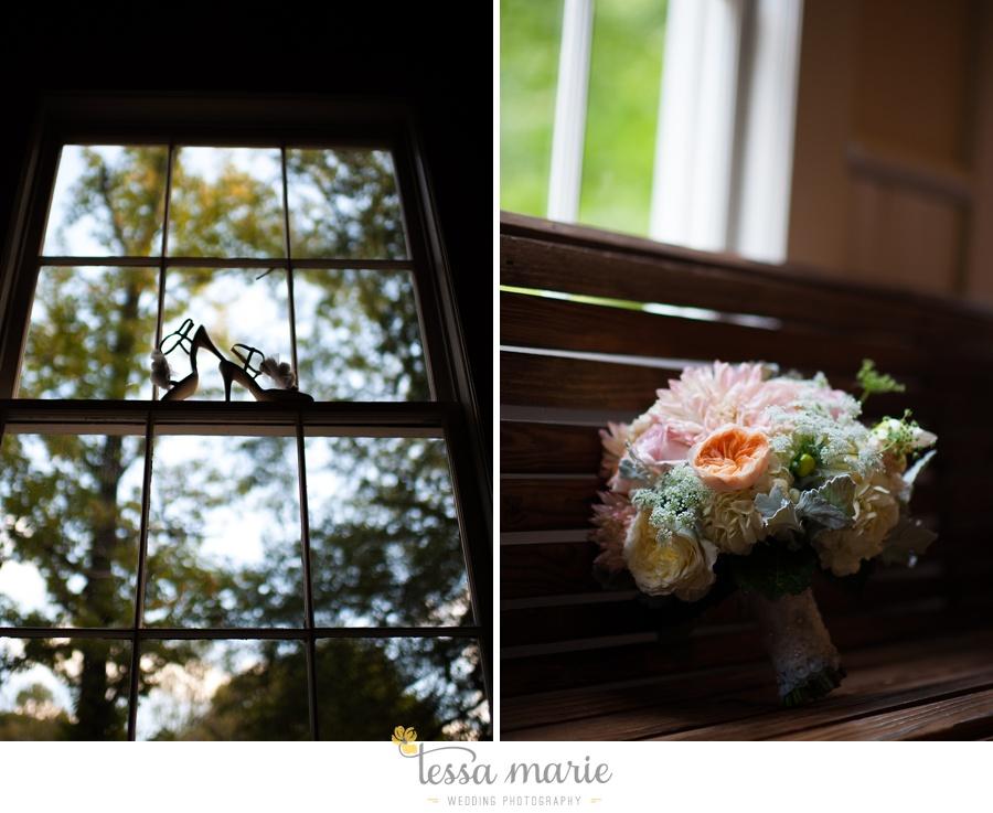 outdoor_wedding_pictures_marietta_sweethearts_candid_emotional_tessa_marie_weddings_0014