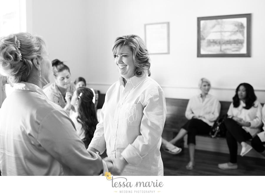 outdoor_wedding_pictures_marietta_sweethearts_candid_emotional_tessa_marie_weddings_0021