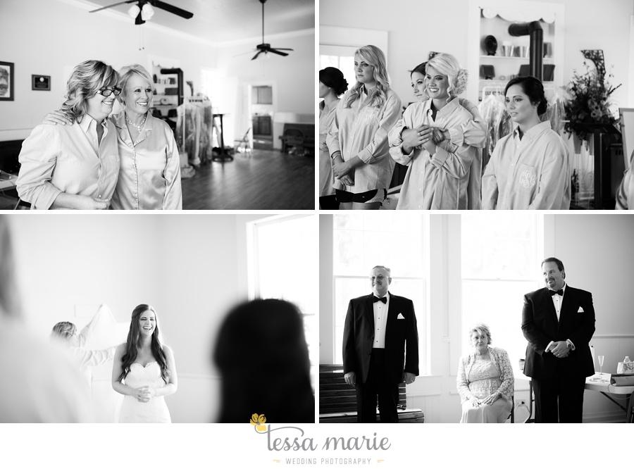 outdoor_wedding_pictures_marietta_sweethearts_candid_emotional_tessa_marie_weddings_0032