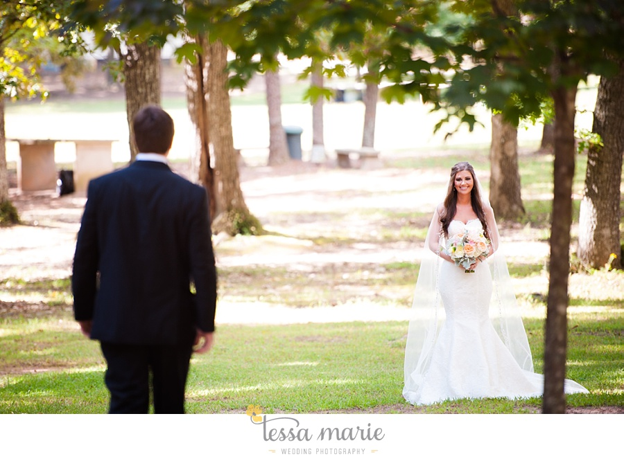 outdoor_wedding_pictures_marietta_sweethearts_candid_emotional_tessa_marie_weddings_0050