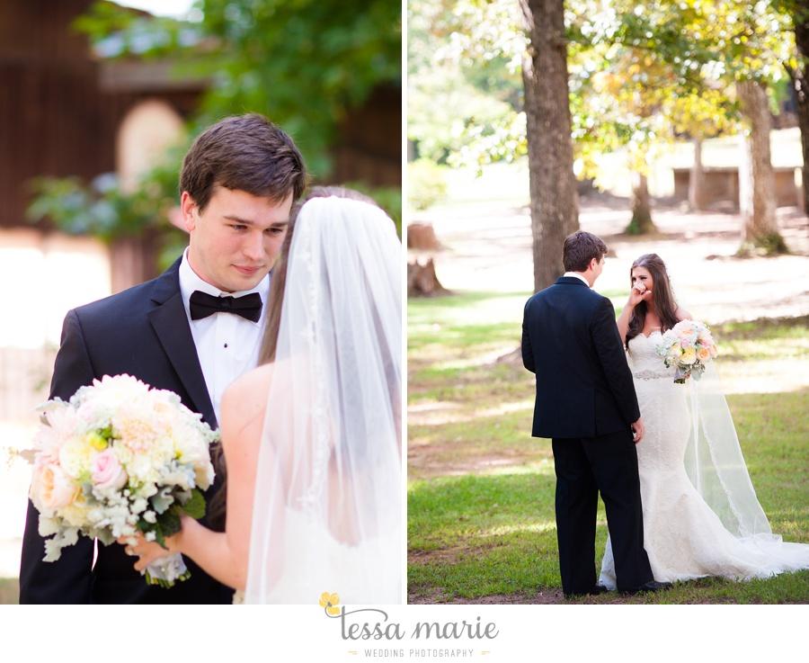 outdoor_wedding_pictures_marietta_sweethearts_candid_emotional_tessa_marie_weddings_0052