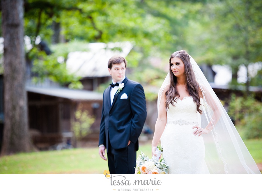 outdoor_wedding_pictures_marietta_sweethearts_candid_emotional_tessa_marie_weddings_0064