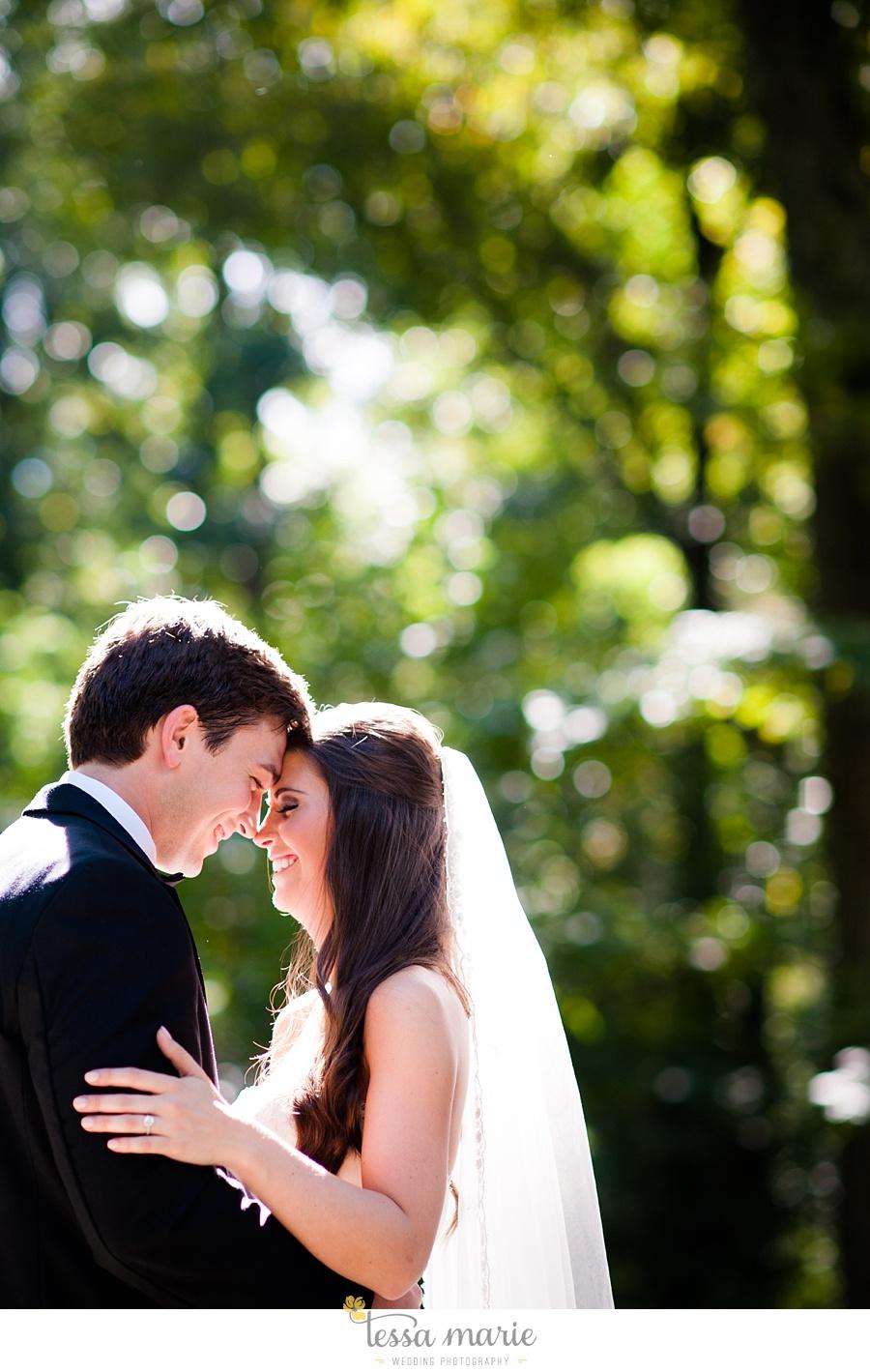 outdoor_wedding_pictures_marietta_sweethearts_candid_emotional_tessa_marie_weddings_0073