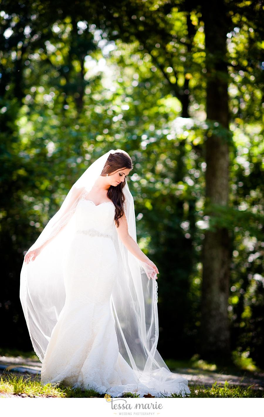 outdoor_wedding_pictures_marietta_sweethearts_candid_emotional_tessa_marie_weddings_0074