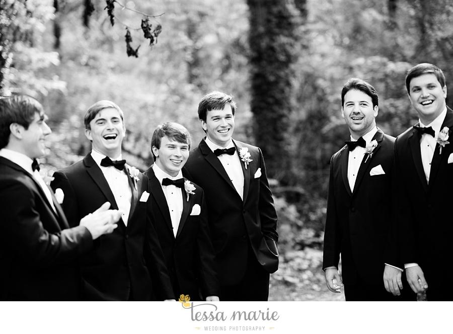 outdoor_wedding_pictures_marietta_sweethearts_candid_emotional_tessa_marie_weddings_0091