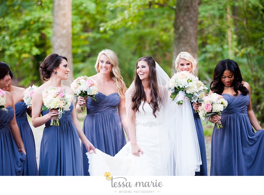 outdoor_wedding_pictures_marietta_sweethearts_candid_emotional_tessa_marie_weddings_0107