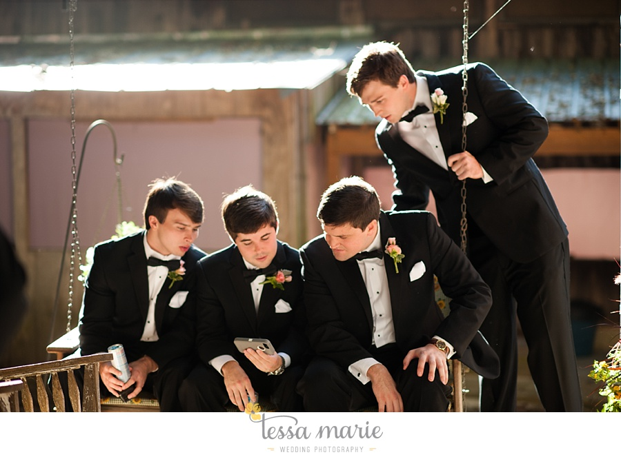 outdoor_wedding_pictures_marietta_sweethearts_candid_emotional_tessa_marie_weddings_0131