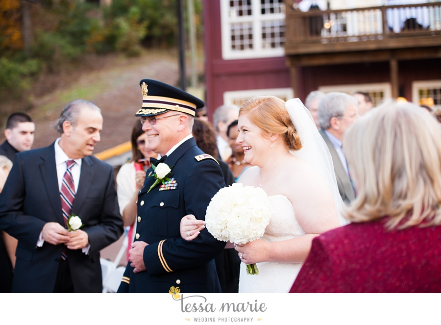 Ivy_hall_wedding_pictures_outdoor_wedding_0063