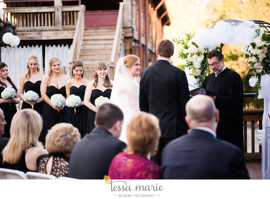 Ivy_hall_wedding_pictures_outdoor_wedding_0065