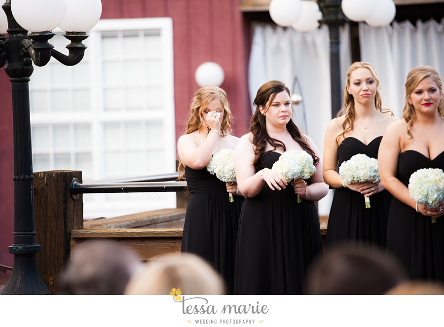 Ivy_hall_wedding_pictures_outdoor_wedding_0070