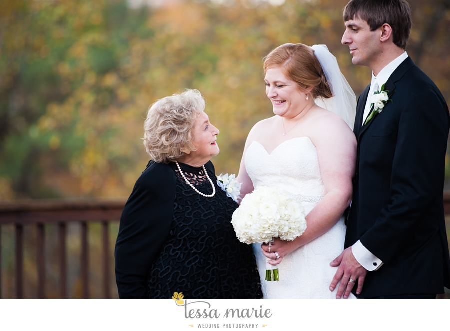 Ivy_hall_wedding_pictures_outdoor_wedding_0082