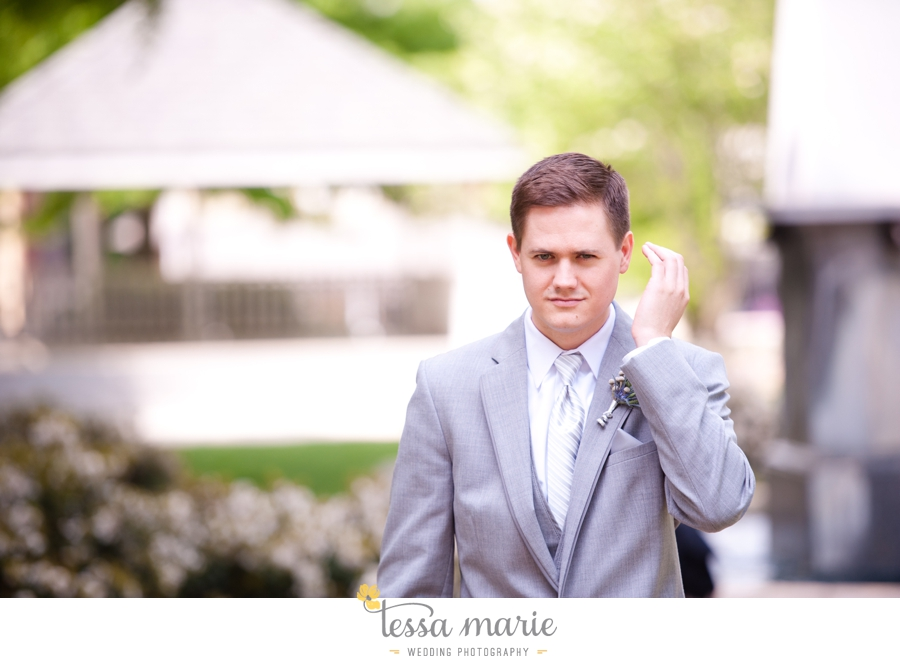Ivy_hall_outdoor_wedding_creative_candid_emotional_wedding_pictures_tessa_marie_weddings_0211