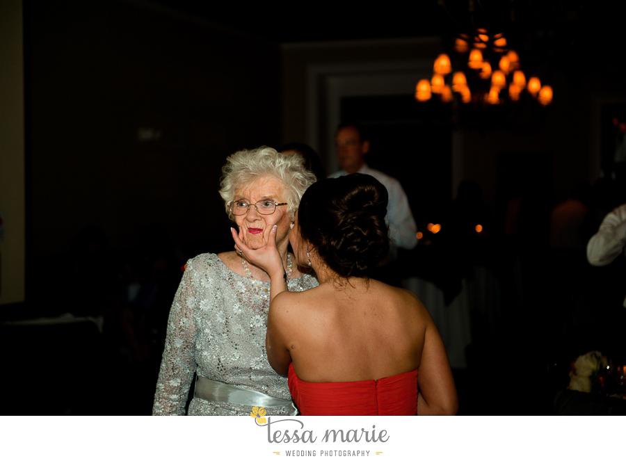 savannah_destination_wedding_photographer_pictures_mike_kristen_outdoor_wedding_coral_green_white_161-161