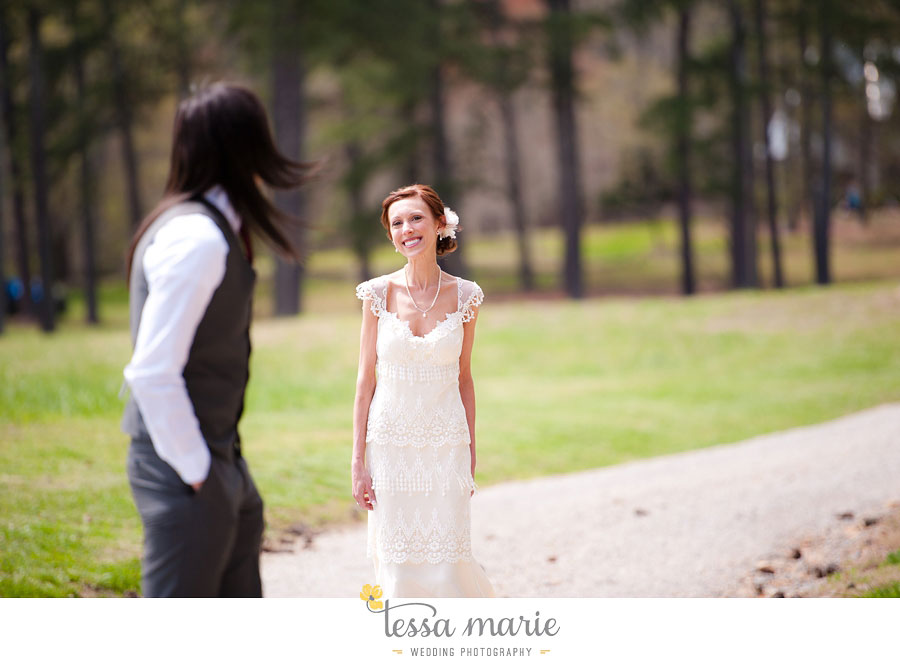 the_farm_wedding_outdoor_ceremony_creative_candid_emotional_wedding_pictures_beautiful_natural_light_033