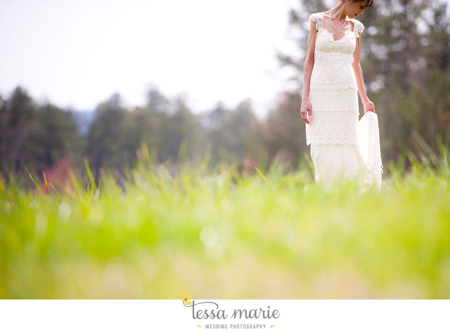 the_farm_wedding_outdoor_ceremony_creative_candid_emotional_wedding_pictures_beautiful_natural_light_047