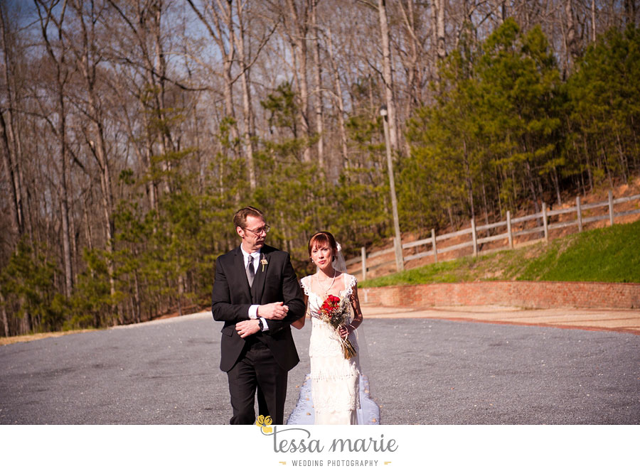 the_farm_wedding_outdoor_ceremony_creative_candid_emotional_wedding_pictures_beautiful_natural_light_099