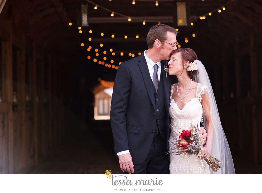 the_farm_wedding_outdoor_ceremony_creative_candid_emotional_wedding_pictures_beautiful_natural_light_118