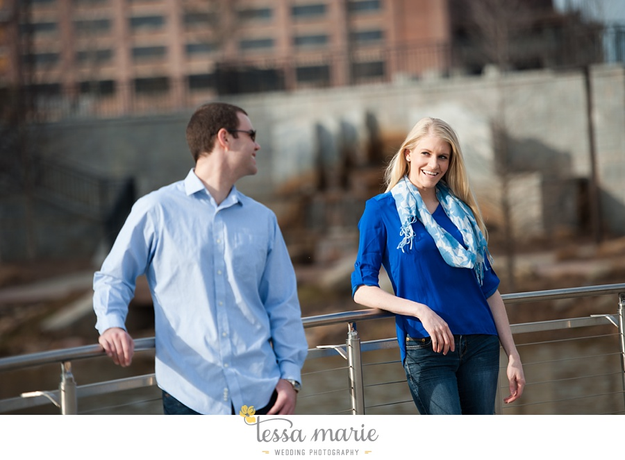 atlanta_engagment_pictures_downtown_candid_natural_emotional_0004