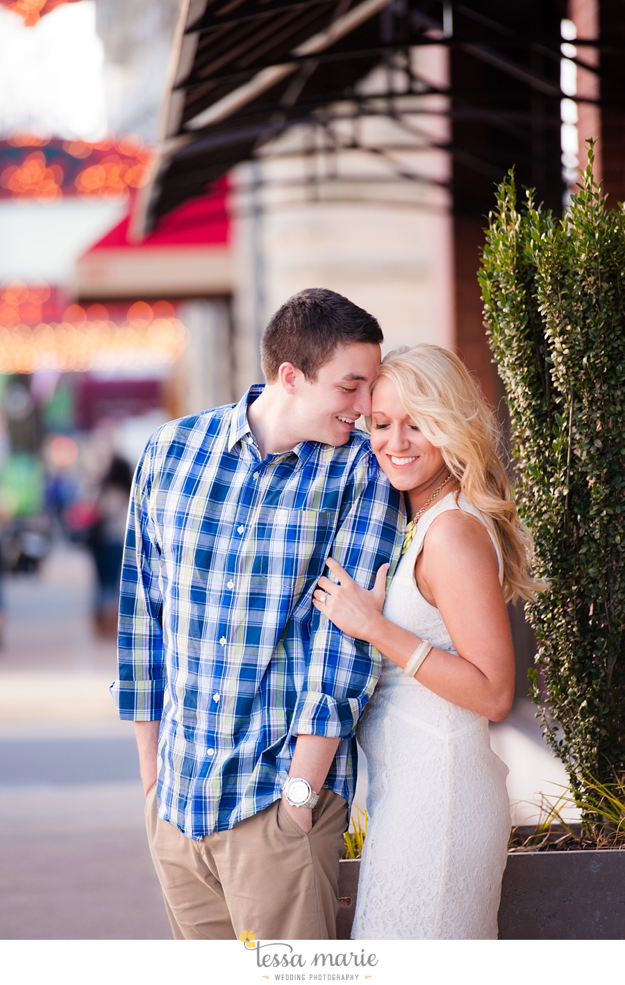chattanooga_engagement_pictures_downtown_0014