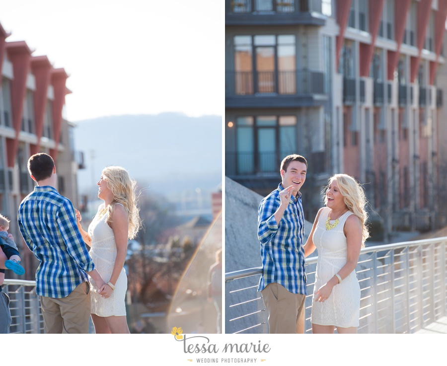 chattanooga_engagement_pictures_downtown_0023