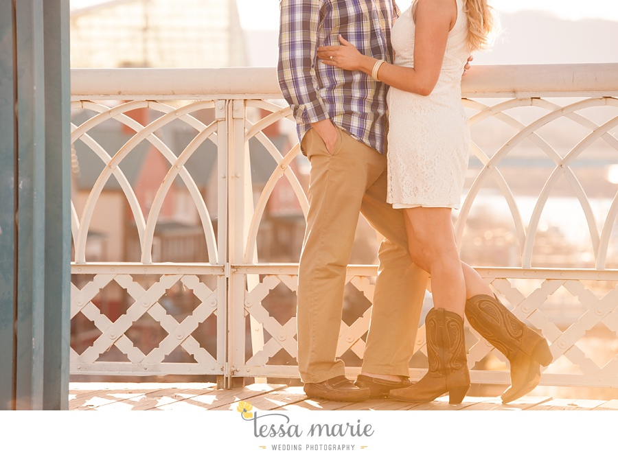 chattanooga_engagement_pictures_downtown_0031