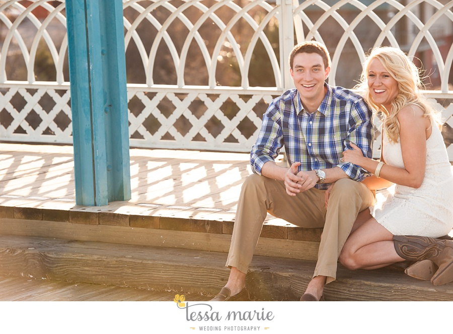 chattanooga_engagement_pictures_downtown_0036