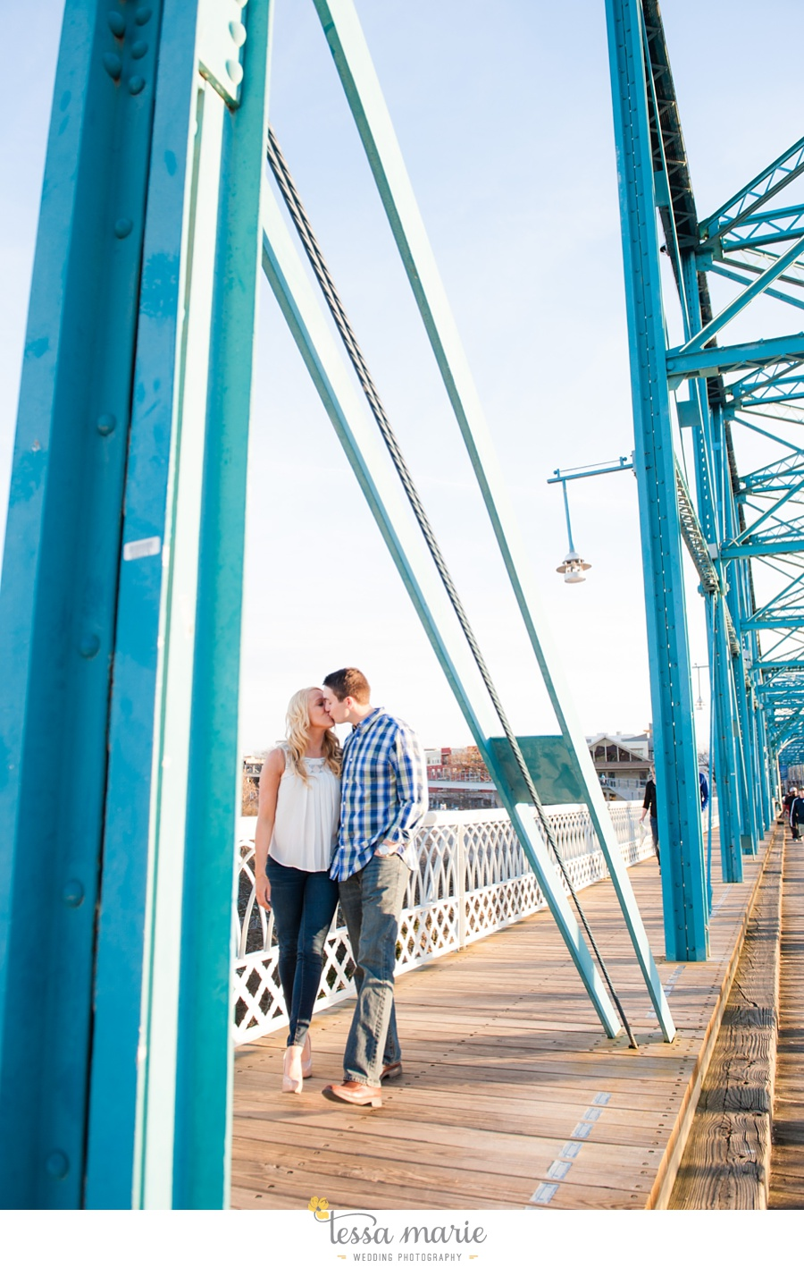 chattanooga_engagement_pictures_downtown_0038