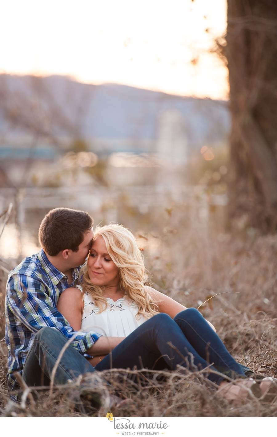 chattanooga_engagement_pictures_downtown_0055
