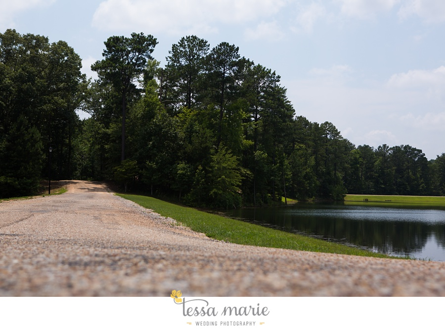 foxhall_wedding_outdoor_summer_red_white_blue_wedding_pictures_tessa_marie_weddings_0002