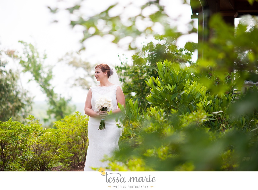 foxhall_wedding_outdoor_summer_red_white_blue_wedding_pictures_tessa_marie_weddings_0022
