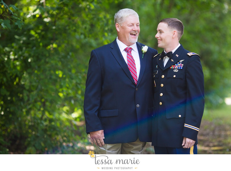foxhall_wedding_outdoor_summer_red_white_blue_wedding_pictures_tessa_marie_weddings_0024