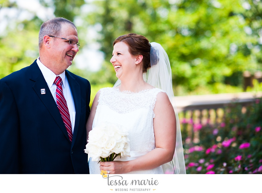 foxhall_wedding_outdoor_summer_red_white_blue_wedding_pictures_tessa_marie_weddings_0025