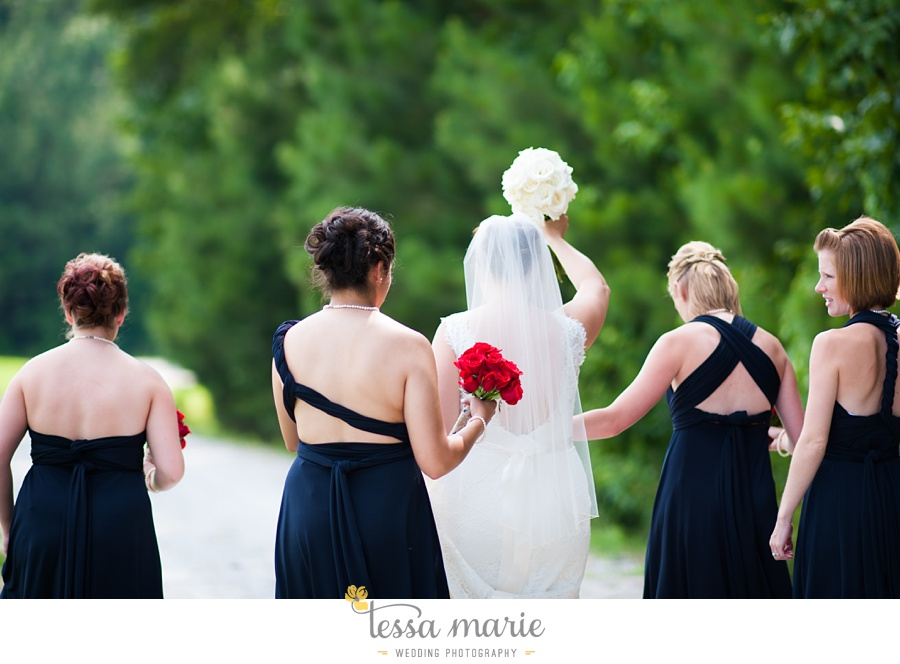 foxhall_wedding_outdoor_summer_red_white_blue_wedding_pictures_tessa_marie_weddings_0028
