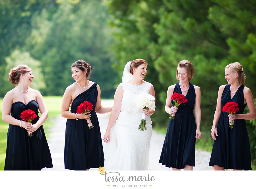 foxhall_wedding_outdoor_summer_red_white_blue_wedding_pictures_tessa_marie_weddings_0030