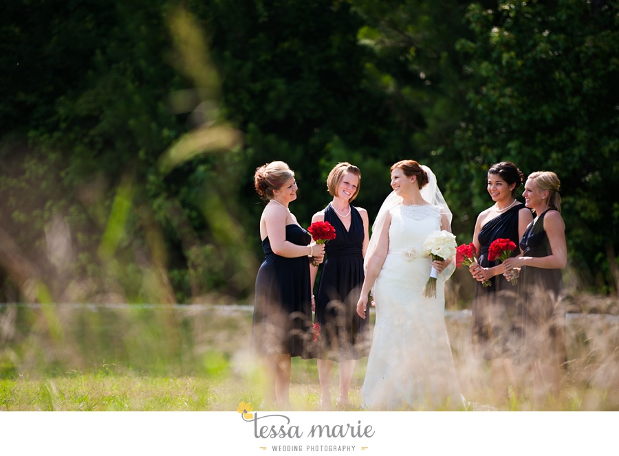 foxhall_wedding_outdoor_summer_red_white_blue_wedding_pictures_tessa_marie_weddings_0032