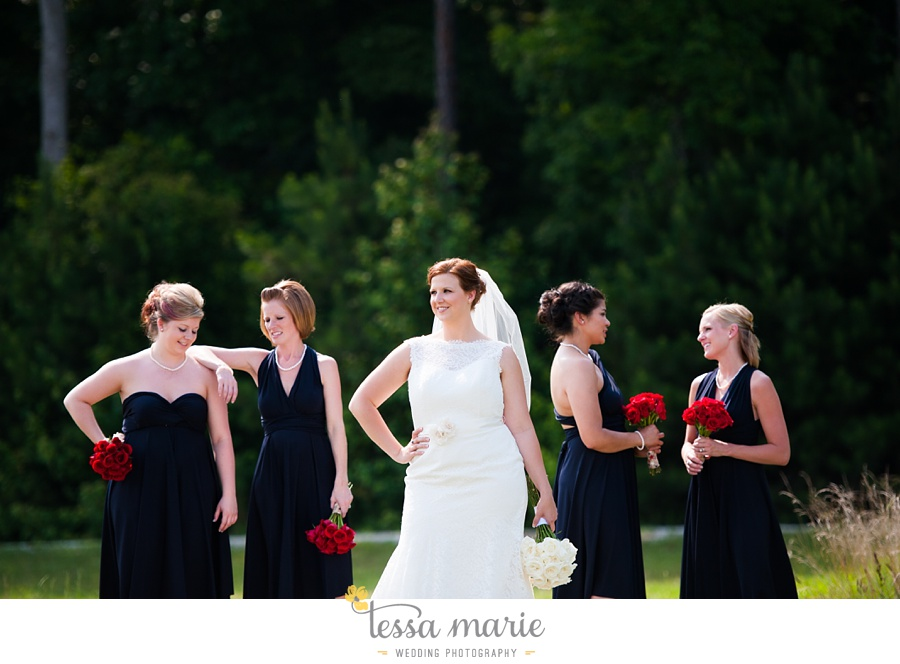 foxhall_wedding_outdoor_summer_red_white_blue_wedding_pictures_tessa_marie_weddings_0033