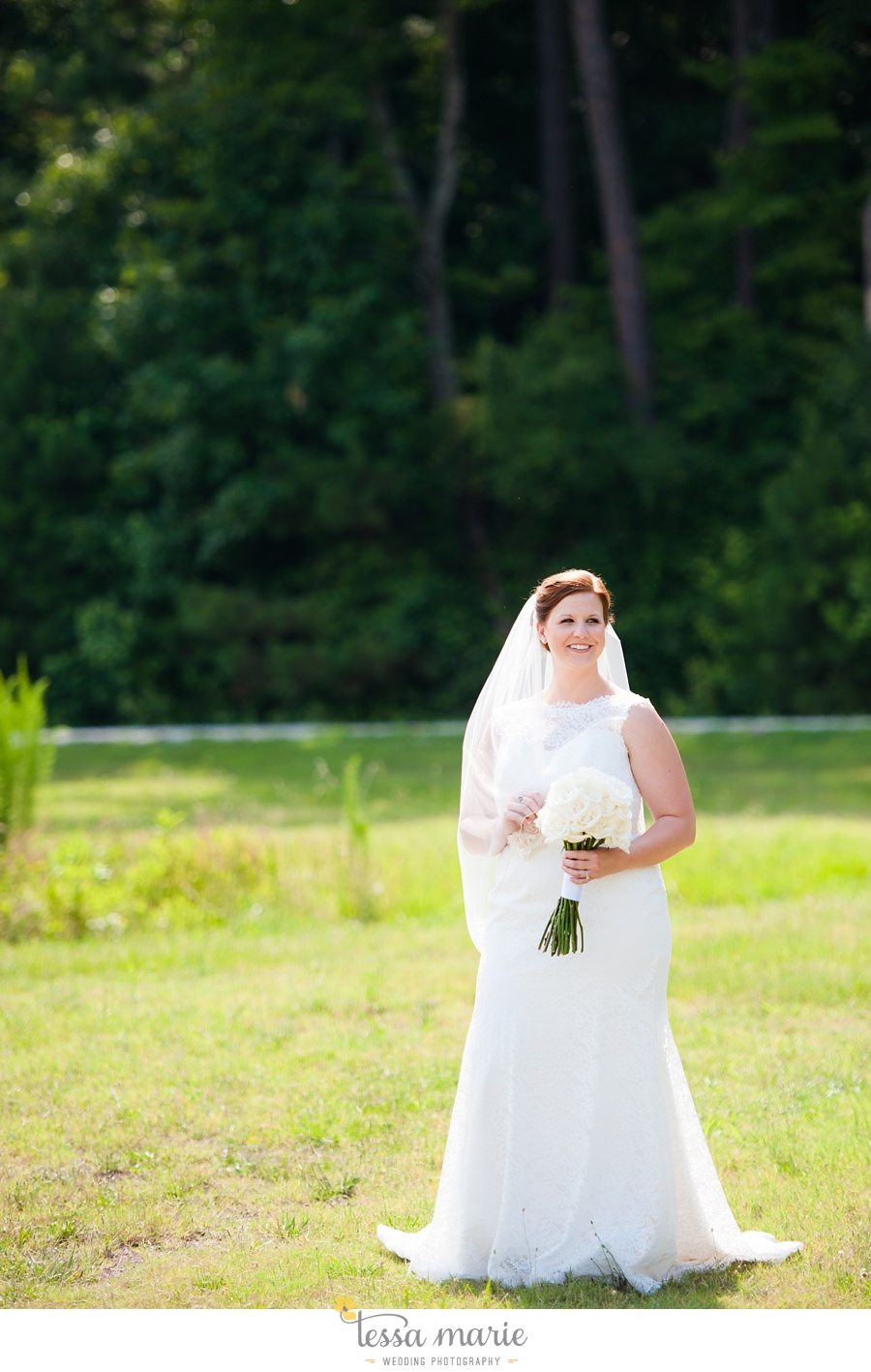 foxhall_wedding_outdoor_summer_red_white_blue_wedding_pictures_tessa_marie_weddings_0036