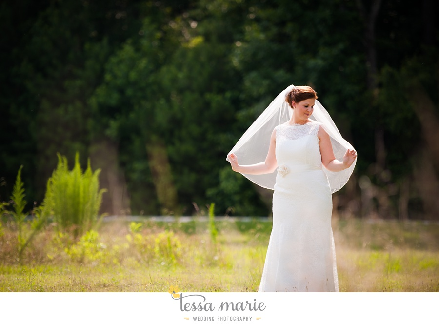 foxhall_wedding_outdoor_summer_red_white_blue_wedding_pictures_tessa_marie_weddings_0037