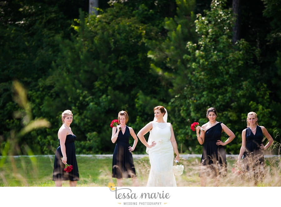 foxhall_wedding_outdoor_summer_red_white_blue_wedding_pictures_tessa_marie_weddings_0043