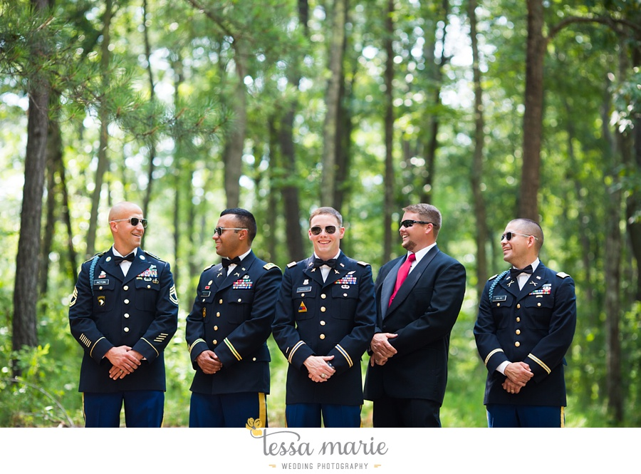 foxhall_wedding_outdoor_summer_red_white_blue_wedding_pictures_tessa_marie_weddings_0046