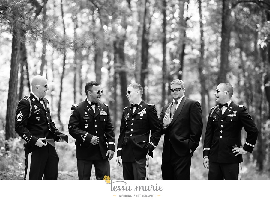 foxhall_wedding_outdoor_summer_red_white_blue_wedding_pictures_tessa_marie_weddings_0049