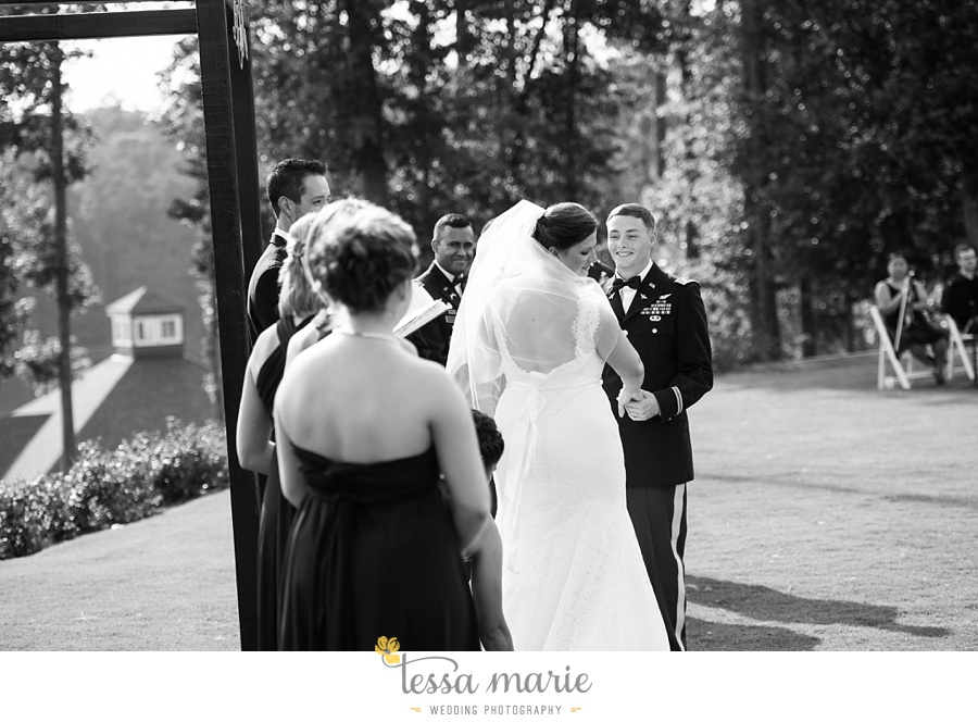 foxhall_wedding_outdoor_summer_red_white_blue_wedding_pictures_tessa_marie_weddings_0063