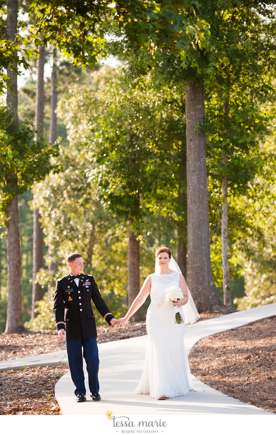 foxhall_wedding_outdoor_summer_red_white_blue_wedding_pictures_tessa_marie_weddings_0084