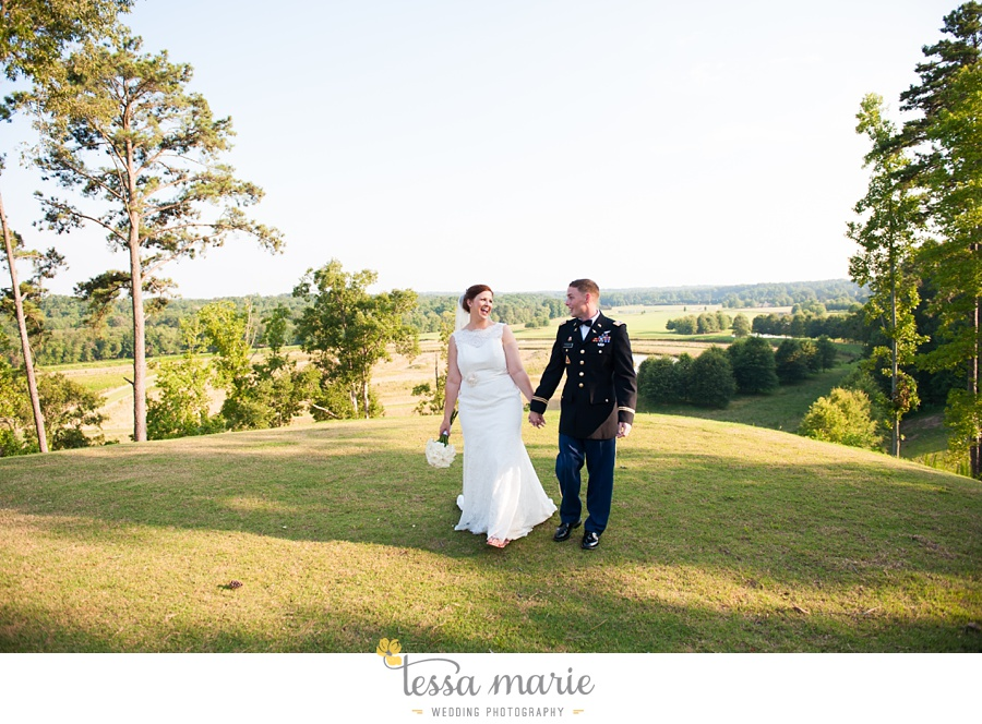 foxhall_wedding_outdoor_summer_red_white_blue_wedding_pictures_tessa_marie_weddings_0088